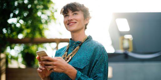 The Paradigm Shift from 1:1 to 1:Many on Social Media
