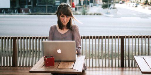 How Should Marketers Buy a Social Media Management Platform