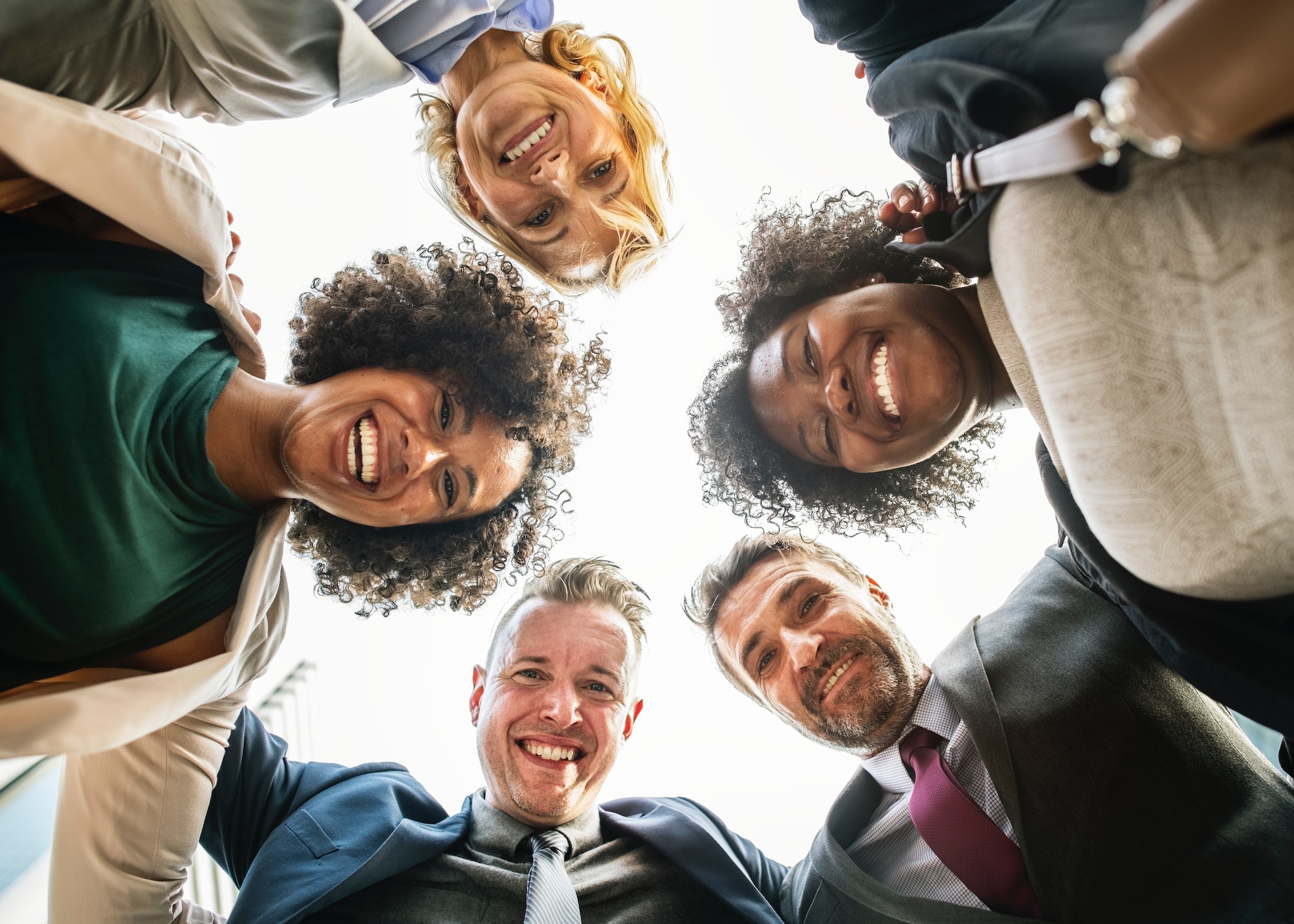 employee engagement is a benefit of employee advocacy for financial services